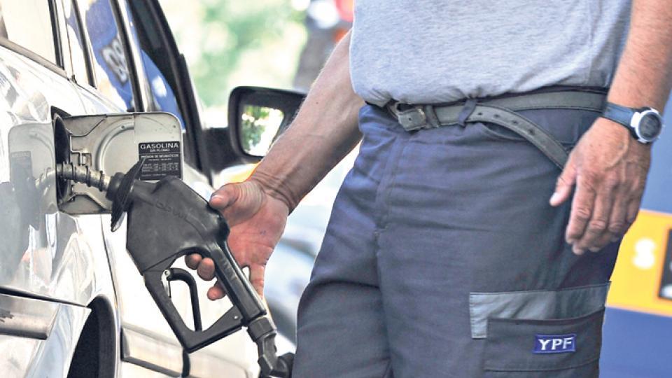 Prevén un nuevo aumento de la nafta en los próximos días